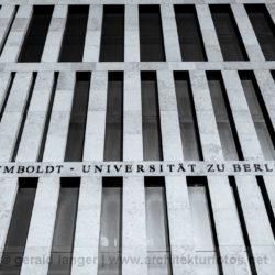 20110301-Berlin-Jacob-und-Wilhelm-Grimm-Zentrum-©-Gerald-Langer-3-IMG_9078