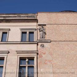 20110301-Berlin-Museumsinsel-Architektur-©-Gerald-Langer-32-IMG_9108