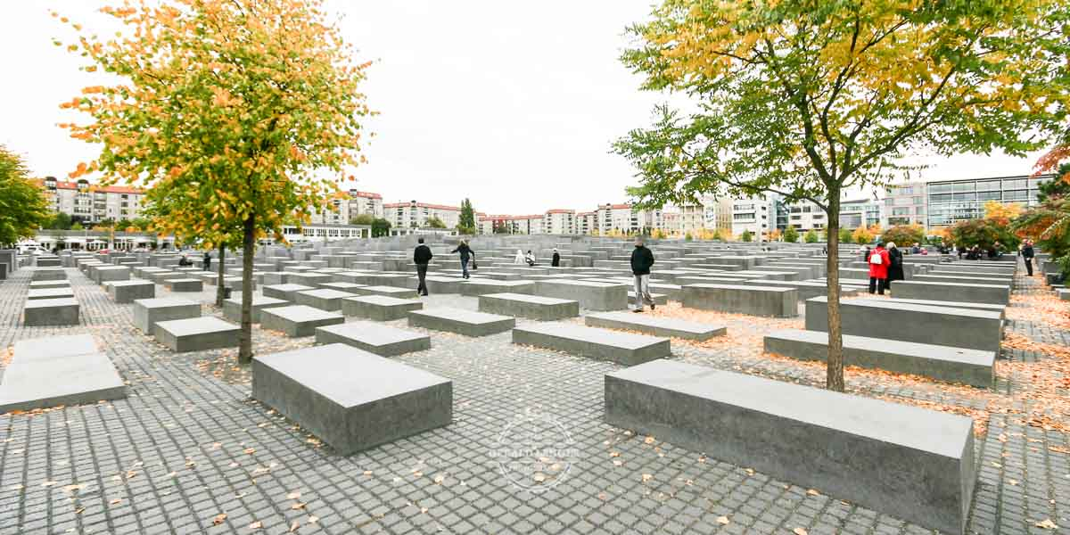 20080929_Denkmal-fuer-die-ermordeten-Juden-Europas-in-Berlin_-©-Gerald-Langer_1-1